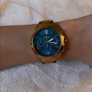 Rose gold & blue Fossil watch